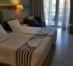 Zimmer Hotel Acharavi Beach