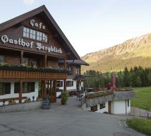 Eingang und Zimmer mit Balkon Gasthof Bergblick