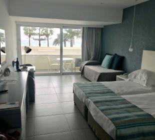 Zimmer Hotel Nissi Beach Resort