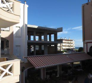 Blick auf 2. Baustelle vom Balkon Evdion Hotel