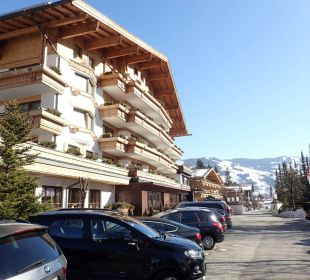 Ansicht vom Parkplatz Gartenhotel THERESIA