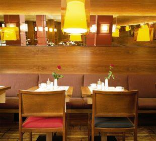 Breakfast Saloon K+K Hotel Opera