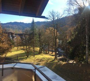 Blick in den Innenhof der Anlage Dorint Sporthotel Garmisch-Partenkirchen