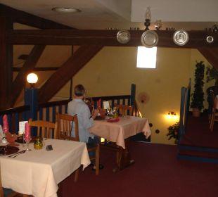 2er-Tisch im Obergeschoss der Tenne Landgasthof Hengstforder Mühle