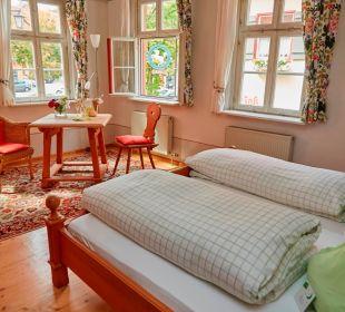 Zimmer mit Ausblick  Flair Hotel Weisses Roß