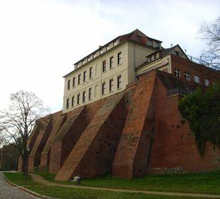Vom Uferweg Ringhotel Schloss Tangermünde