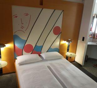 Schlafbereich Select Hotel Berlin Ostbahnhof