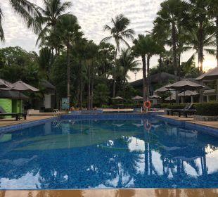 Hauptpool La Flora Resort & Spa