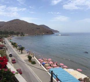 Blick auf den Strand von der Panorama Bar - West Hotel Corissia Princess