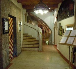 Eingangshalle Best Western Plus Hotel  Goldener Adler