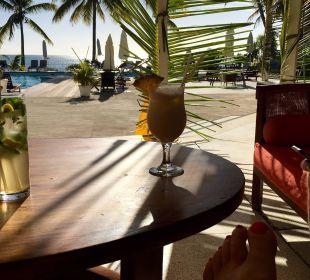 Am Pool Coral Azur Beach Resort