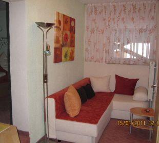 Wohnbereich im Zimmer 9 Hotel zum Friedl