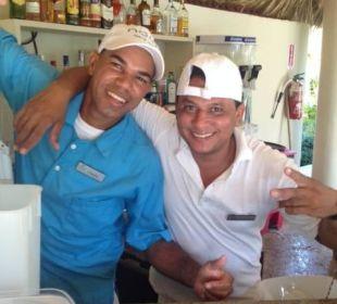 Sand Bar mit Antonio und Franklin, the Best Now Larimar Punta Cana