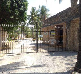 Gesicherte Anlage mit Security Personal Temple Point Resort