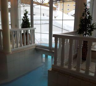 Bereich zum Rausschwimmen Hotel Bellevue & Austria
