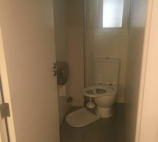 WC im Keller JS Hotel Ca'n Picafort