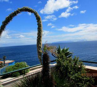 Blick vom Garten oder Zimmer aus nach Porto Santo Galo Resort Galosol