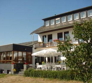 Terrasse & Pavillion mit Blick über das Rheinta Landgasthaus Blücher