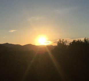 Sonnenuntergang vom Zimmer Hotel & Spa S'Entrador Playa
