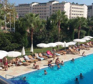 Kleiner Pool Hotel Titan Select