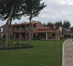 Eines der Häuser Mayor Capo Di Corfu