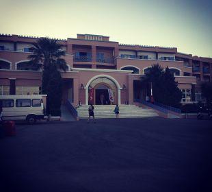 Eingang Hotel Mitsis Rhodos Village & Bungalow