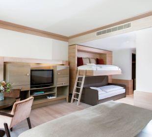 Doppelzimmer Familienaufbettung Travel Charme Ifen Hotel Kleinwalsertal