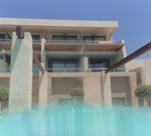 Vom Pool zu unserem Zimmer gesehen Hotel Resort & Spa Avra Imperial Beach