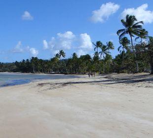 Spaziergang am Strand Grand Bahia Principe El Portillo