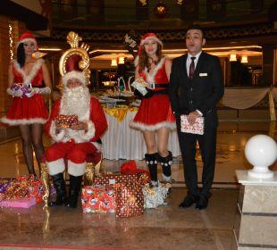 Der Weihnachtsmann wartet auf die Kinder Hotel Royal Dragon