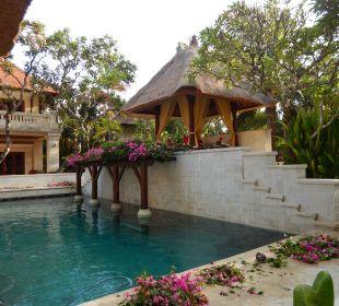 Mittlerer Pool Hotel Griya Santrian