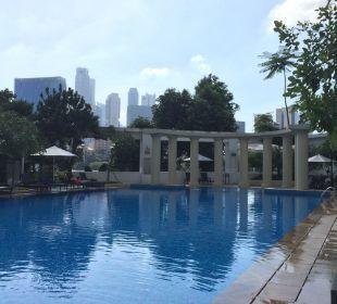 Schöne Poolanlage Park Hotel Clarke Quay