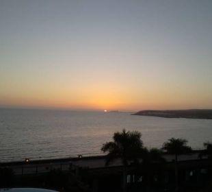 Sonnenuntergang vom Balkon Lopesan Villa del Conde Resort & Spa