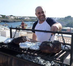 Der Koch beim Charusco JS Hotel Cape Colom