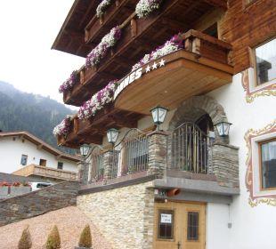 Hotel Eingangsbereich Hotel Hannes
