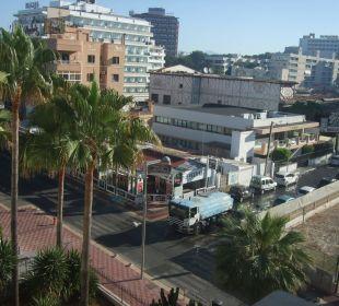 Gegenüber vom Bierkönig Hotel Playa Golf