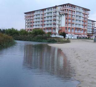 Hotel von Strandseite aus Sol Luna Bay & Mare Resort