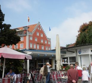 Hotel vom Hafen/Promenade aus Hotel Lindauer Hof