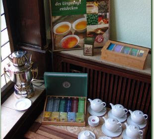 Umfangreiche Auswahl an Teesorten zum Frühstück Hotel Haus Hillesheim