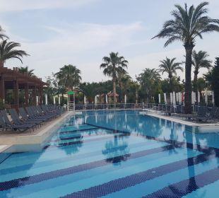Relaxpool Belek Beach Resort Hotel