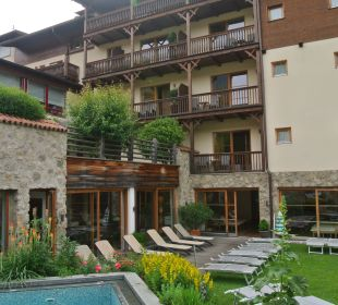 Hotel und Pool Hotel Taubers Unterwirt