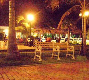 Nachtblick auf die Poolbar & Lobby Hotel Club Amigo Bucanero (existiert nicht mehr)