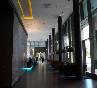 Eingangsbereich Motel One Dresden am Zwinger