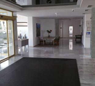 Lobby Hotel Playa Esperanza