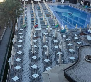 Pool und Hotel bei Tag Hotel Dunas Don Gregory