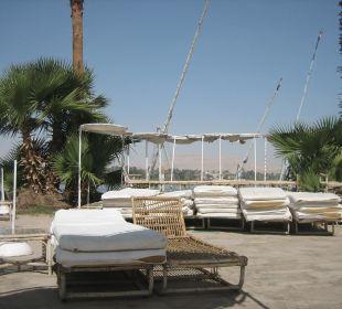 Liegen am Nil-Pool Achti Resort Luxor