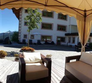 Panoramablick von dem Innenhof Hotel Lärchenhof