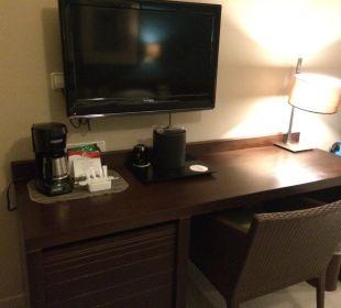 Schreibtisch und TV Now Larimar Punta Cana