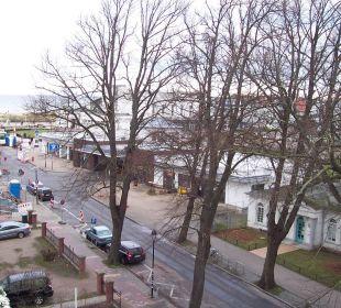 Blick zum Kurhaus und Lesesaal KurparkHotel Warnemünde