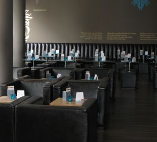 Bar und Frühstücksraum  Motel One Nürnberg-City